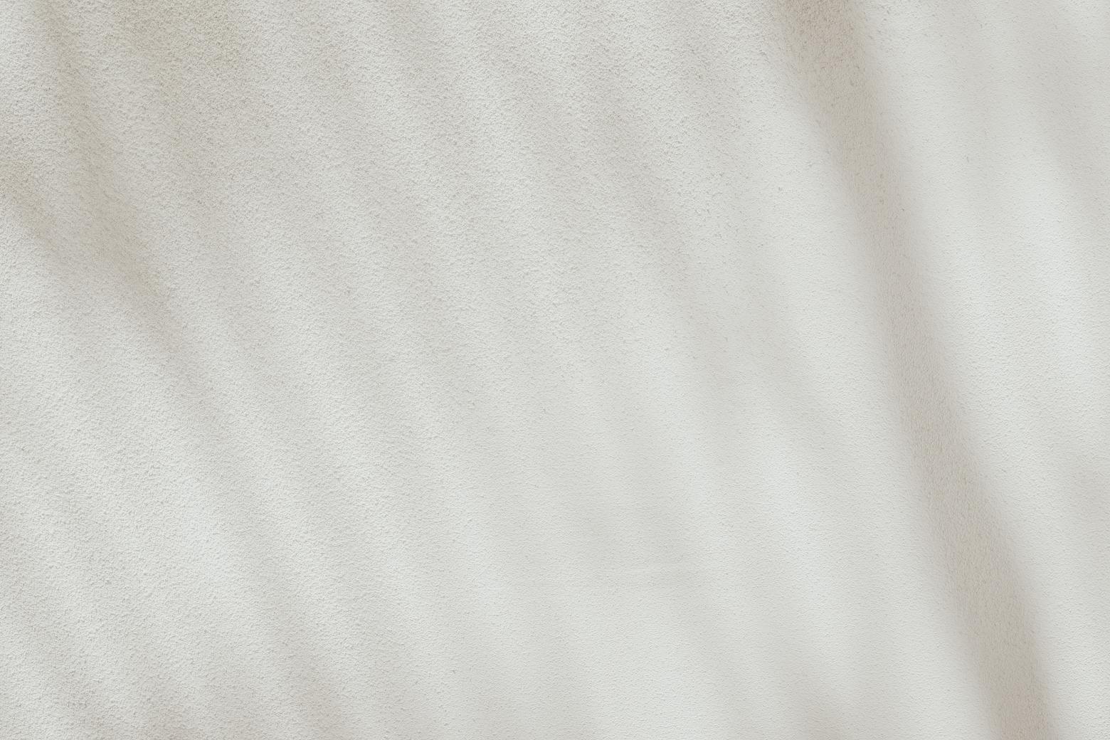 Sterbehilfe: Schatten auf einer weißen Wand. Symbolbild. Wann ist ein Leben nicht mehr lebenswert? Gehören Leid und Tod nicht auch zum Leben dazu? Sterbehilfe – Pro und Contra. In: Prinzip Apfelbaum. Magazin über das, was bleibt. Foto: Bernard Hermant on Unsplash