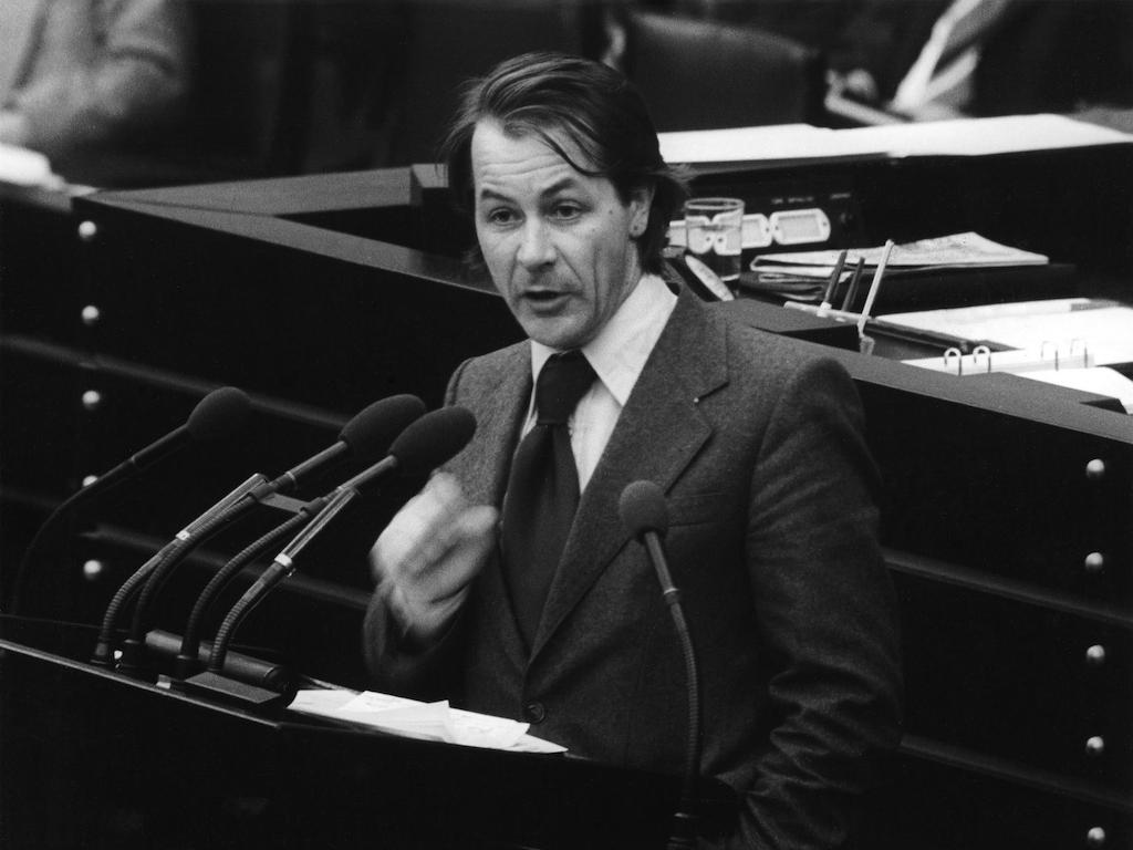1975 kam Franz Müntefering in den Bundestag: sich einmischen, Verantwortung übernehmen.