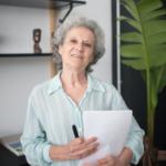 Trauerrituale: Eine ältere Frau erklärt ihrer Familie, wie sie sich ihr eigenes Ende wünscht.